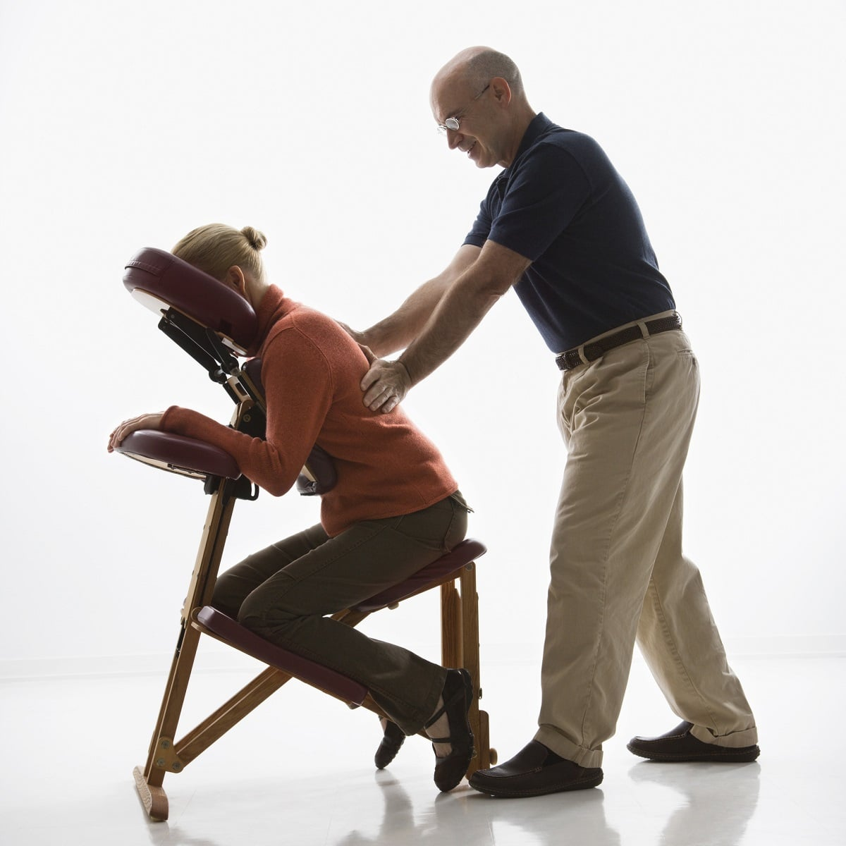 benefits of a chair massage in the workplace