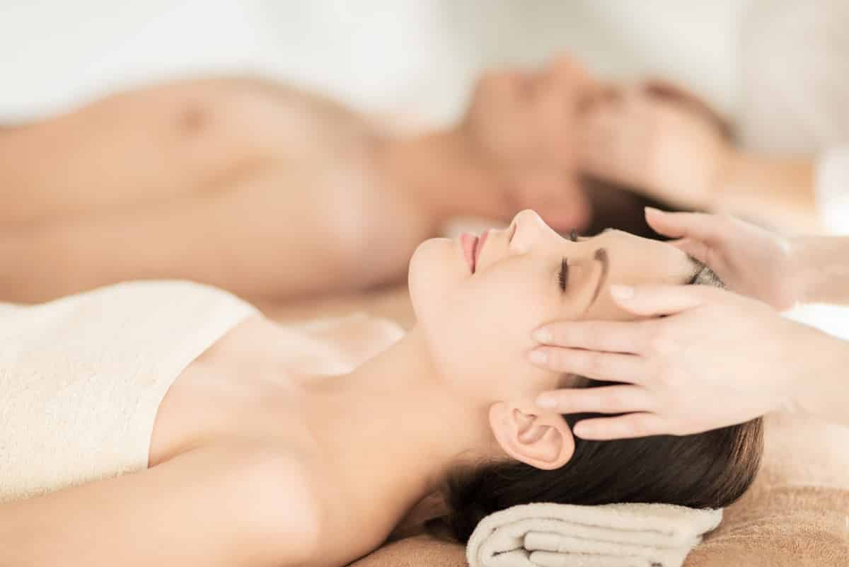 benefits of couples massage therapy