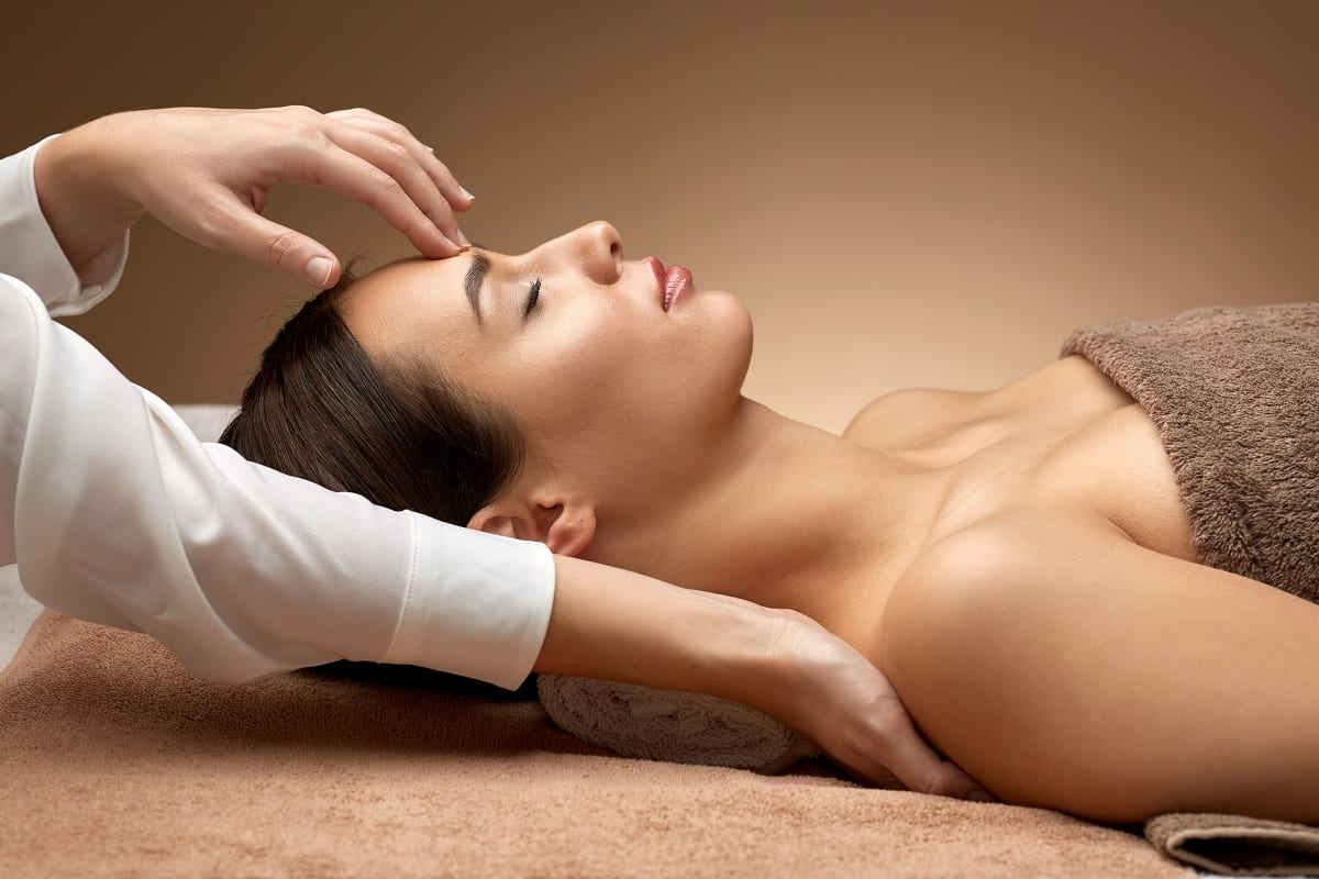 difference between therapeutic and relaxation massage